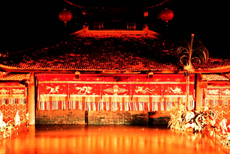 peace-piece-tom-abraham-Thang Long theatre I | rạp Thăng Long I